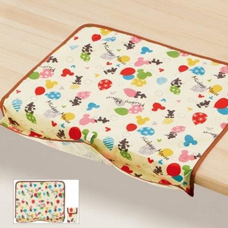 Skater Disney Mickey 米奇 攜帶式嬰幼兒童餐巾墊 (附收納袋) 330292