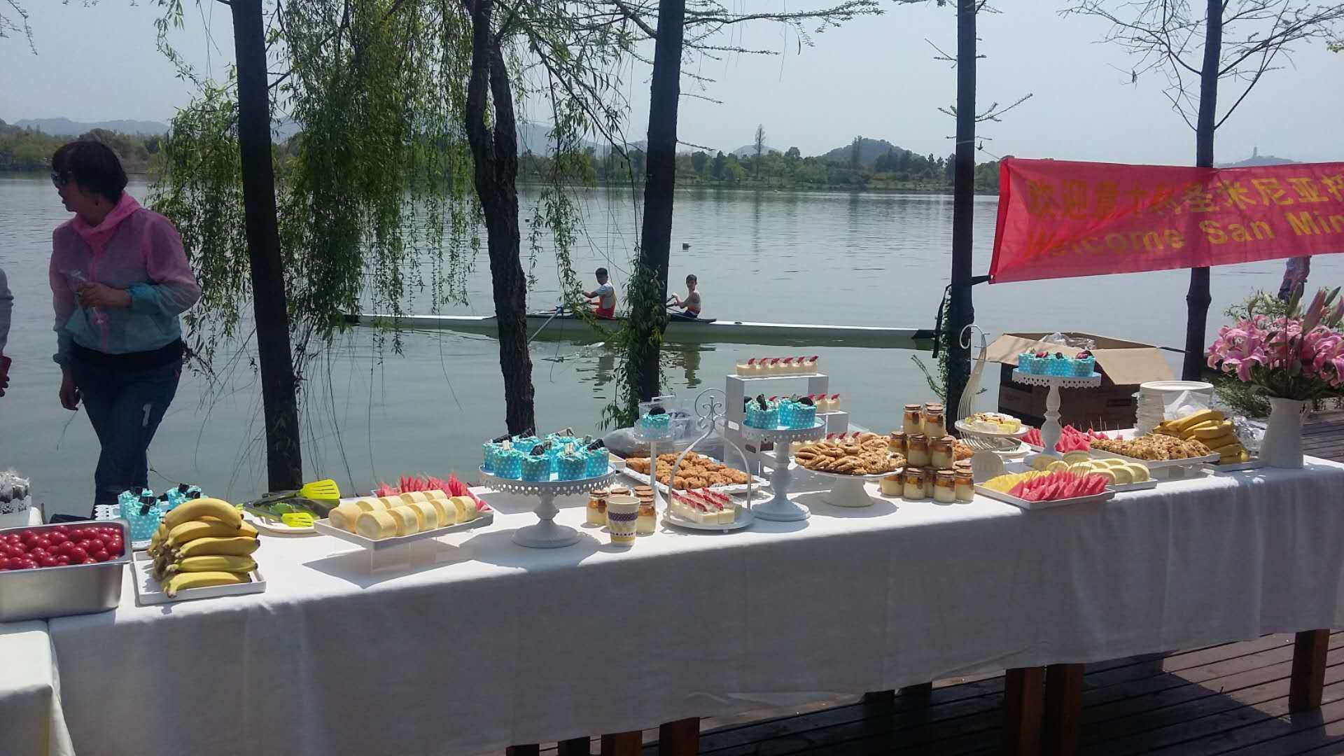 This amazing buffet was the most welcoming part, especially to all of the kids!