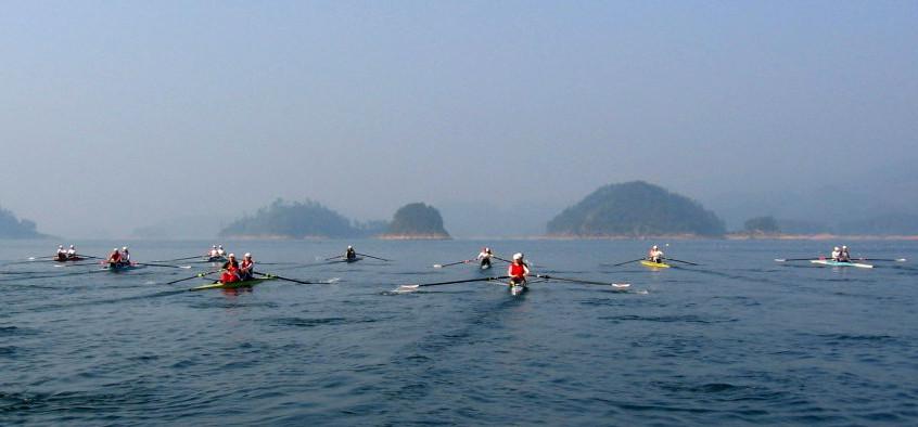 A gorgeous row on Qian Dao Lake