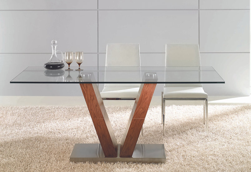 KEY DINING TABLE