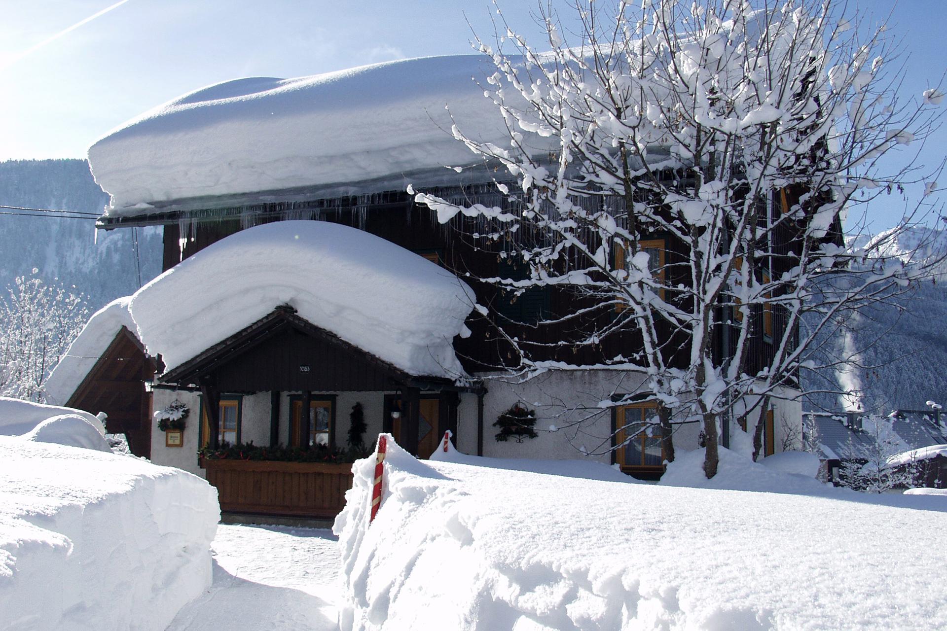 Hotel_Winter_03