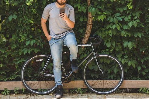 bike-and-phone_4460x4460.jpg
