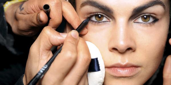 Photoshoot Secrets from Makeup Artists