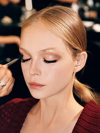 Define your crease | BeautyFresh