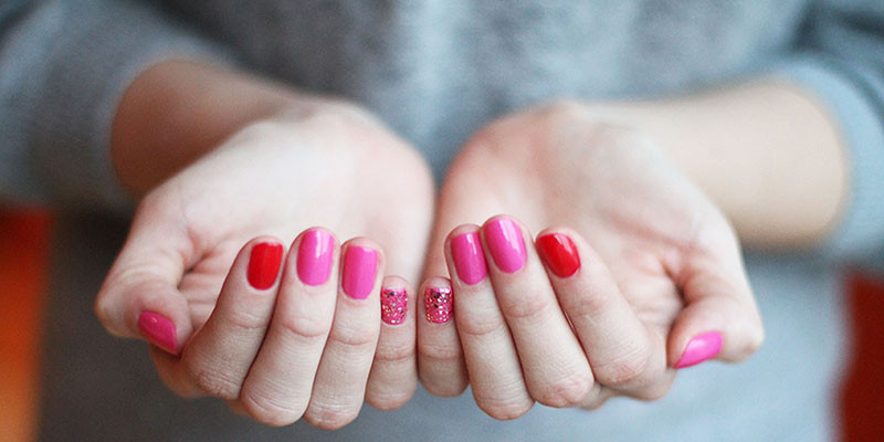 Pink + Red Mix Nail Polish Combo | BeautyFresh