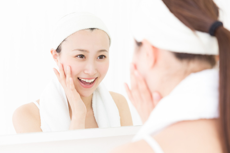 Essences: The Skincare Product You're Not Using But Should - Facial Essence
