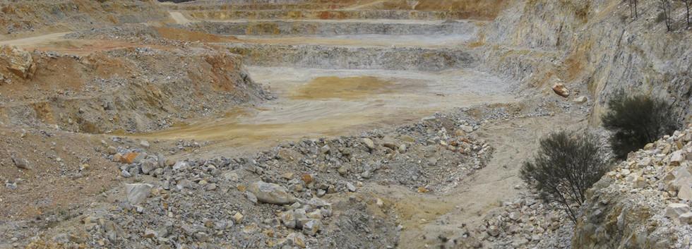 Quartz Quarry.jpg