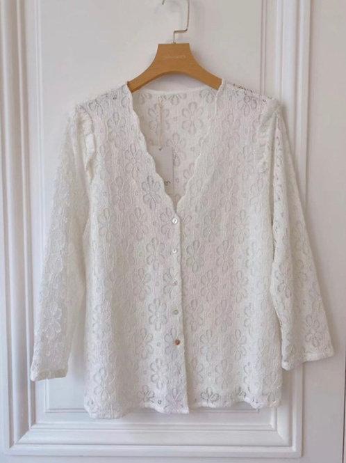 Blusa branca bordada