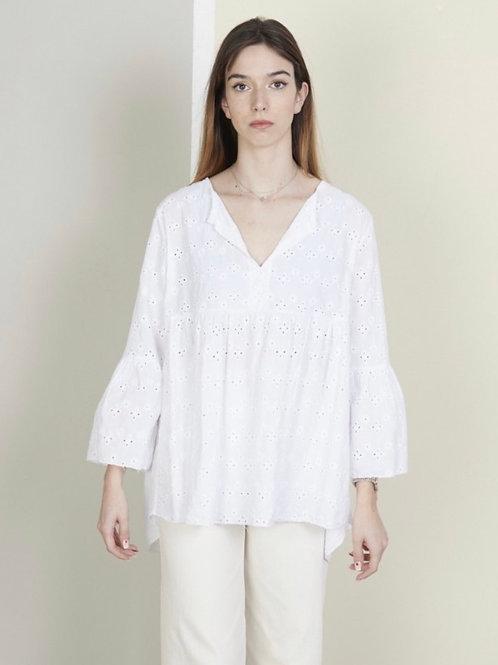 Blusa oversize bordado inglês