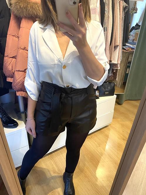 Blusa branca laçada