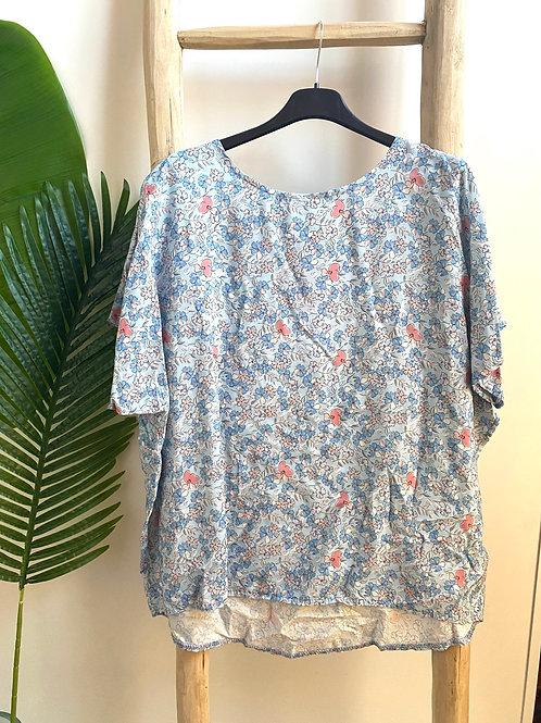 Blusa oversize florzinhas azul