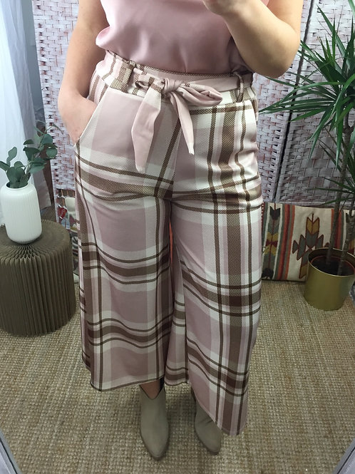 Calças curtas xadrez rosa
