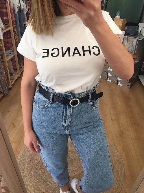 T-shirt branca Change