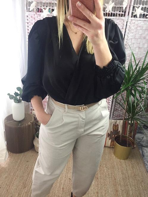Blusa acetinada c/elástico preto