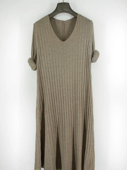 Vestido midi canelado taupe
