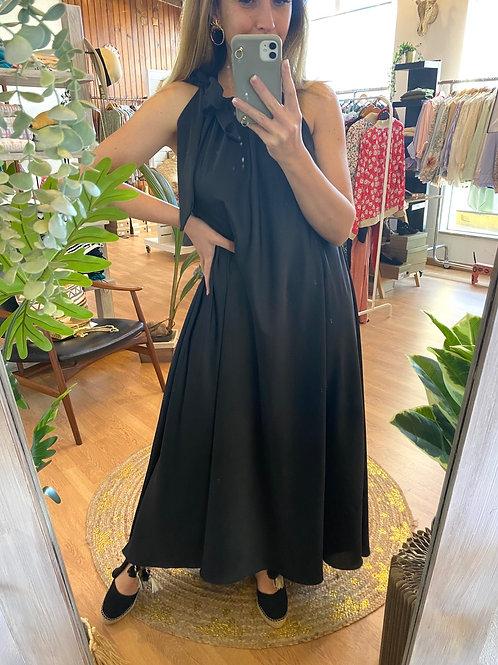 Vestido comprido laçada preto