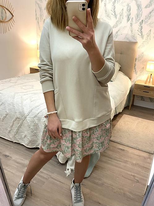 Vestido combinado sweat e saia florzinhas