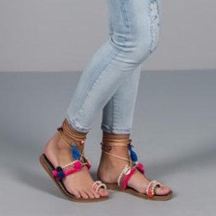 Sandálias artesanais berloques