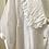 Thumbnail: Blusa branca com gola baby