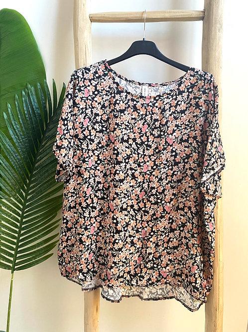 Blusa oversize florzinhas preto