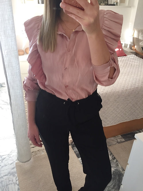 Blusa acetinada folhos rosa