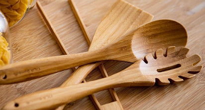 unpacked-living-wooden-spoon-spatula-sal