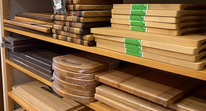 kitchen-outfitters-wooden-boards-cutting
