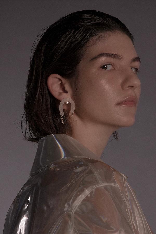 yanjiangstudio pearl earring