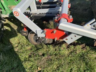 Keyline plow