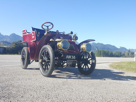 1902 James and Browne car