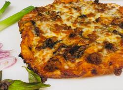 Pork basil pizza