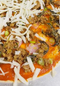 thai pork basil pizza
