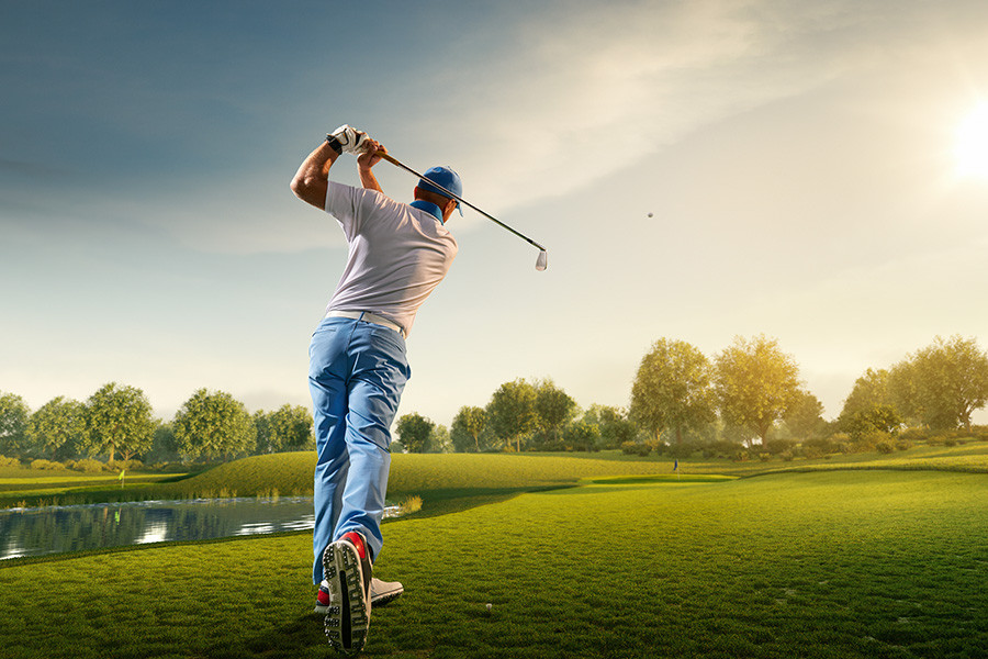 Image of golfer. Hypnosis can be used to improve sports performance.