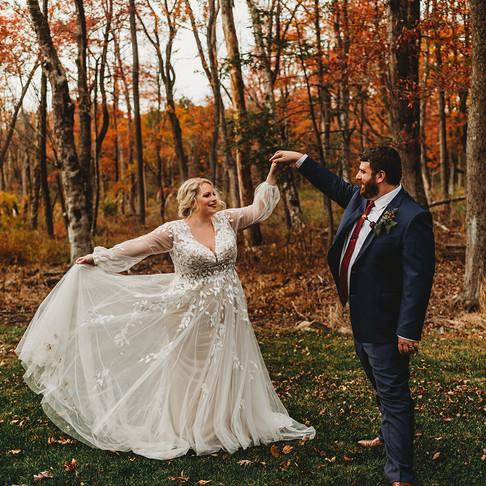 Caboose Farm Fall Wedding | Maryland Wedding Photographer