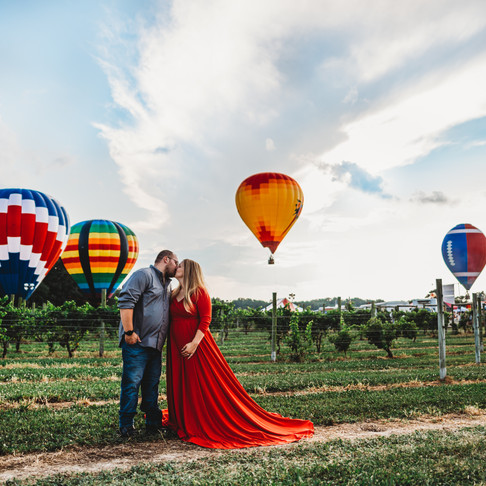 Hot Air Balloon Maternity Session | Maryland Wedding Photographer