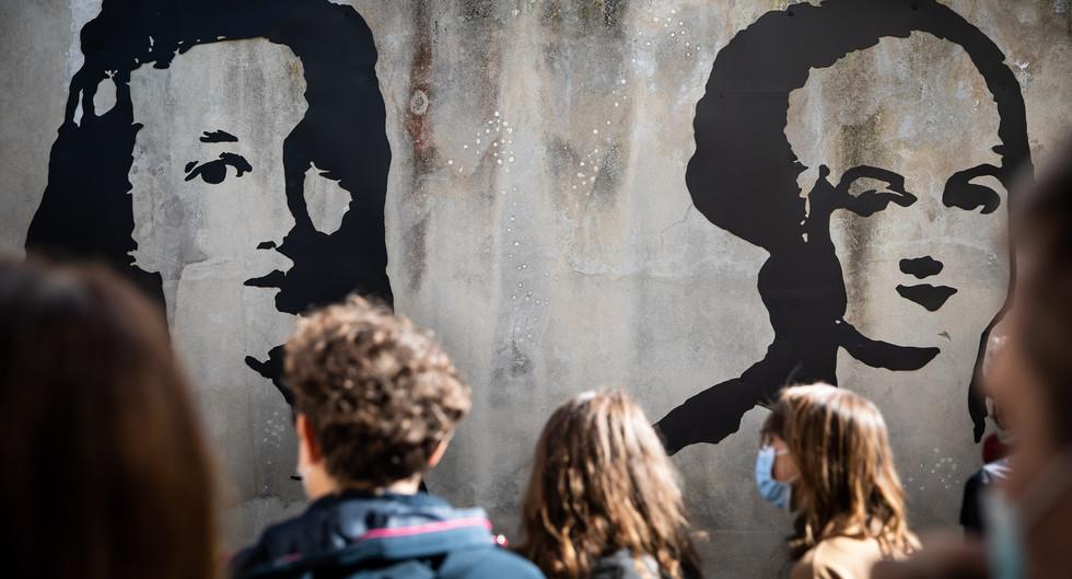 """""""OLYMPE DE GOUGES  & ELISABETH  LOUISE VIGEE LE BRUN, DEUX FEMMES DANS LE SIECLE"""" - Olivier ROCHEAU"""