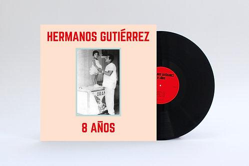 """LP """"8 Años"""""""