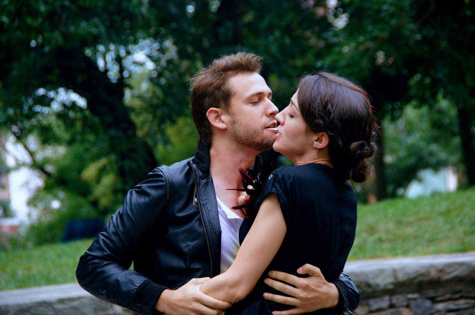 Dating Hamlet Sammanfattning
