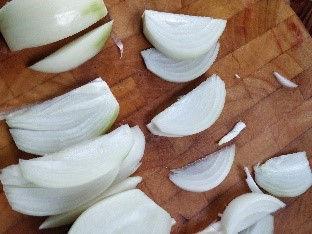 onions for upma.jpg