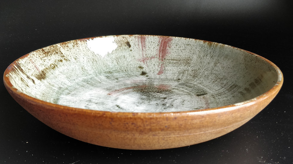 Stoneware fruit bowl in ash and patterns