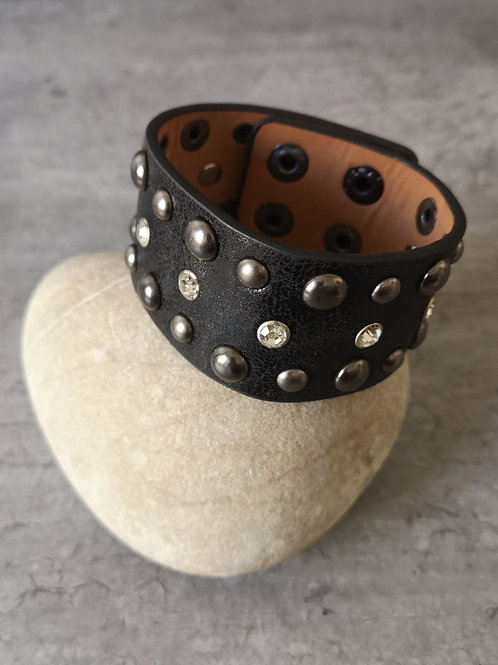 Bracelet cuir noir clous et strass