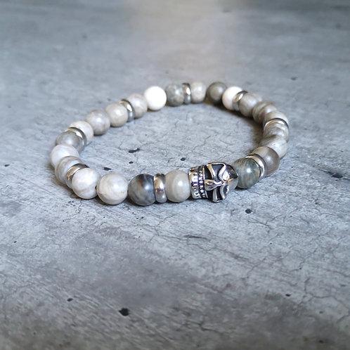 Bracelet pierre Howlite/ Labradorite grise et blanche tête de mort en acier