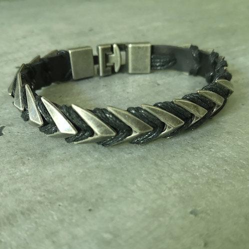 Bracelet cuir noir et métal acier