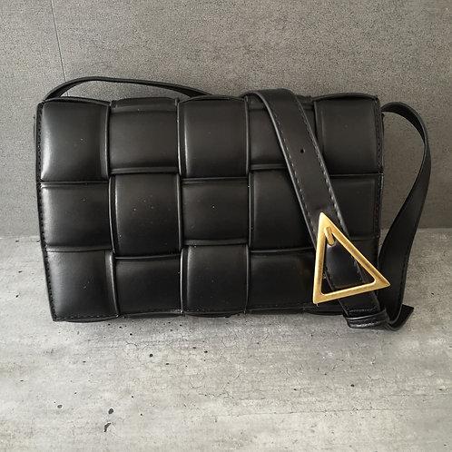Sac Tressé noir bandoulière avec motif triangle