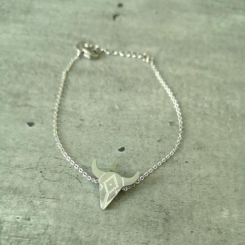 Bracelet chaînette tête de taureau en acier