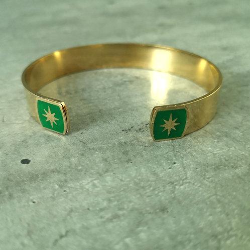 Jonc en acier doré bout carré vert avec étoile