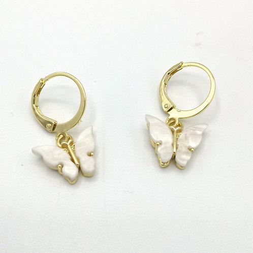 Boucles d'oreille papillon dorée et nacre
