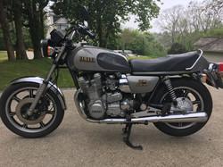 XS1100F