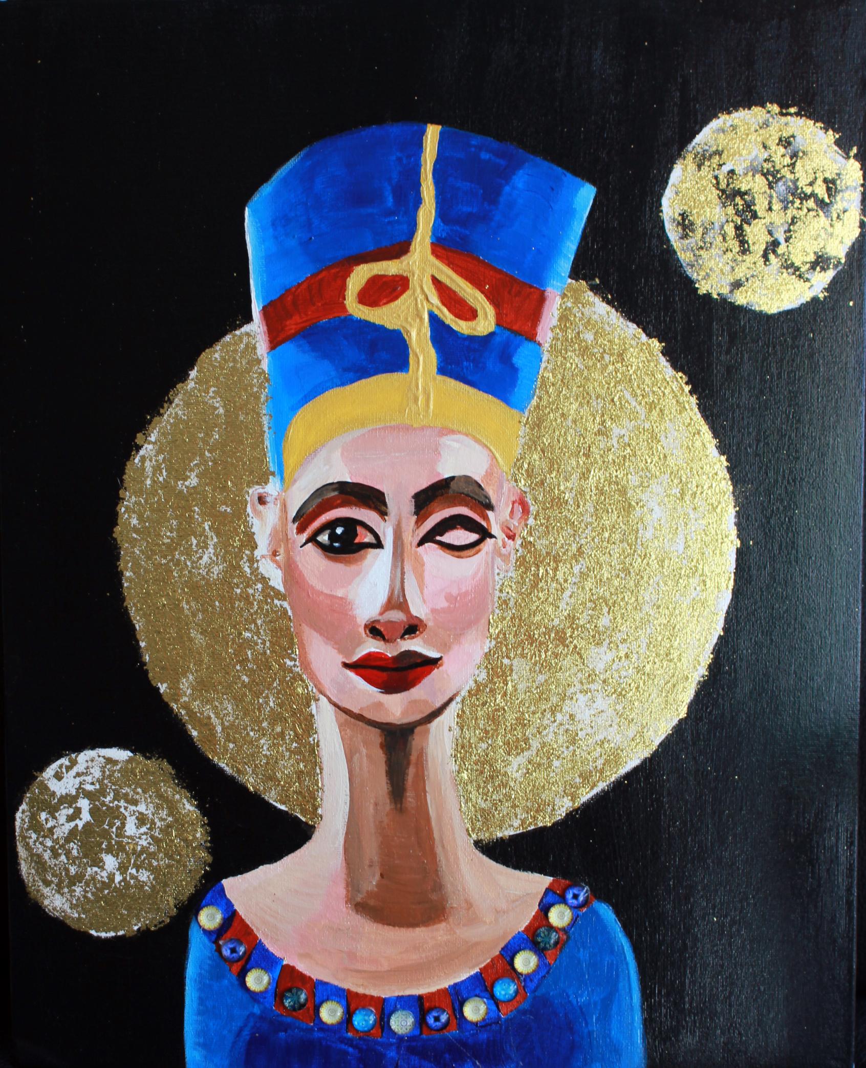 Three Moon Nefertiti
