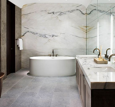 Wall-marble-tile-installation-in-Vancouver